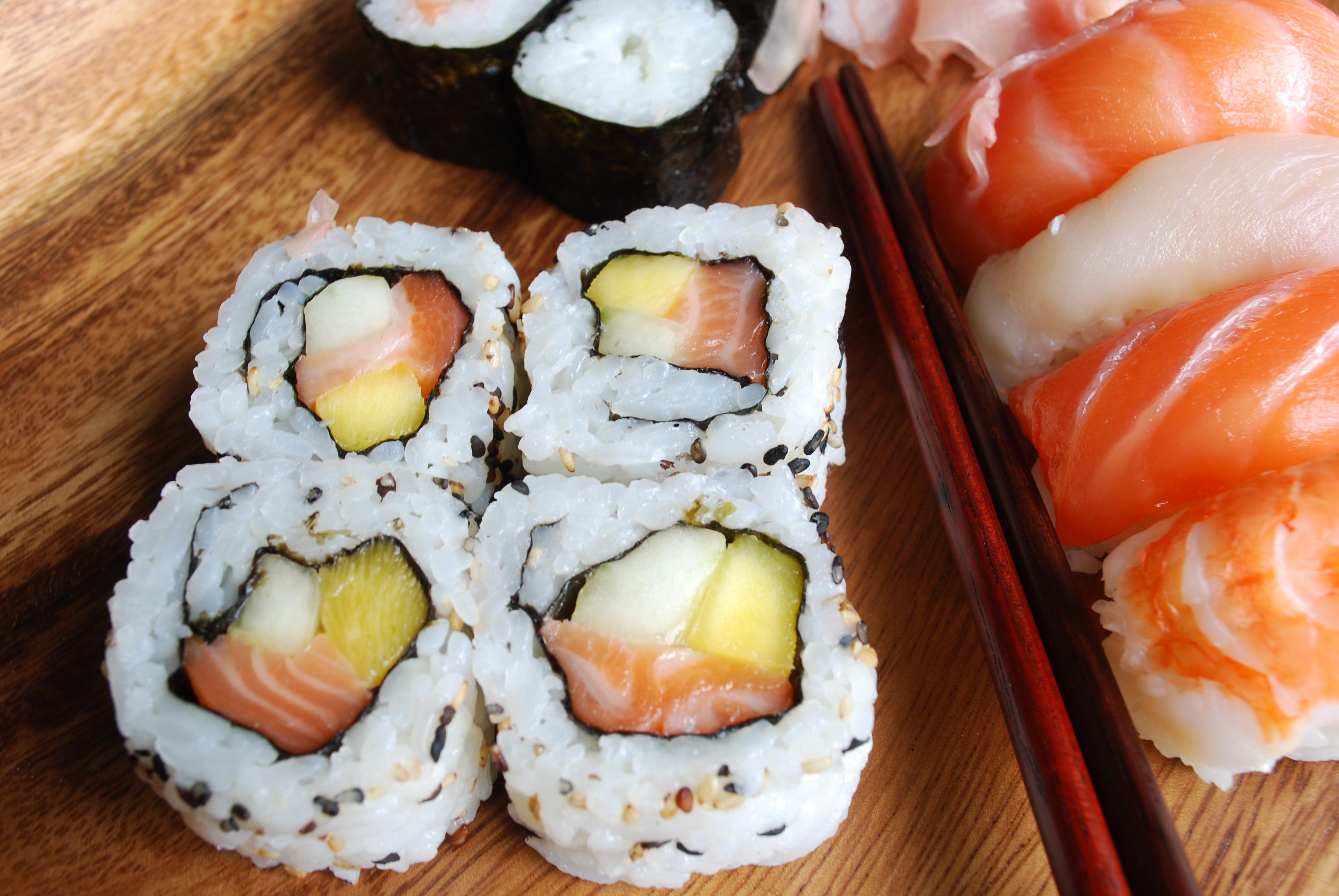 Island Trader Vacations Explores 3 Top Sushi Destinations